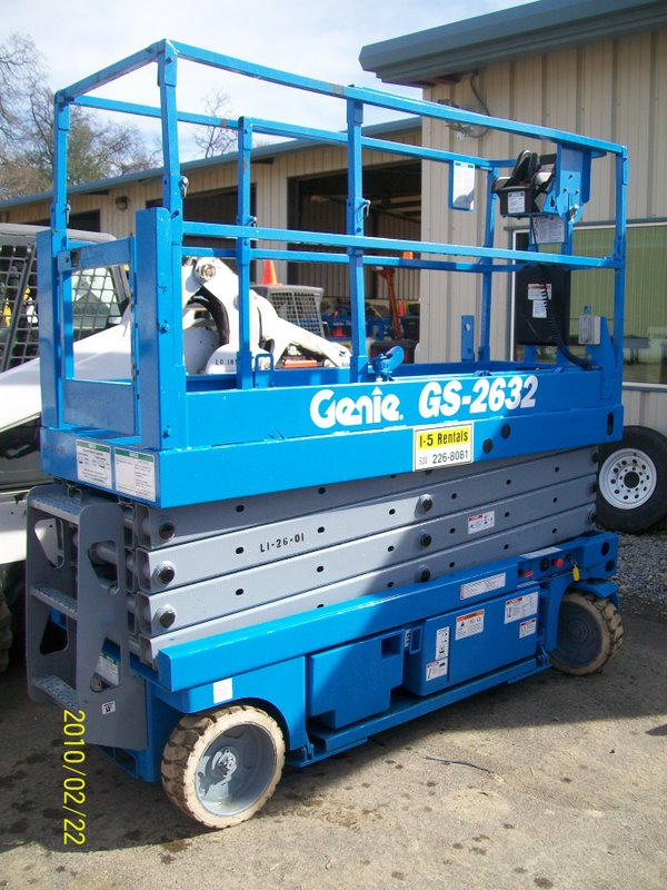 SCISSOR LIFT 26′ Electric With Inverter