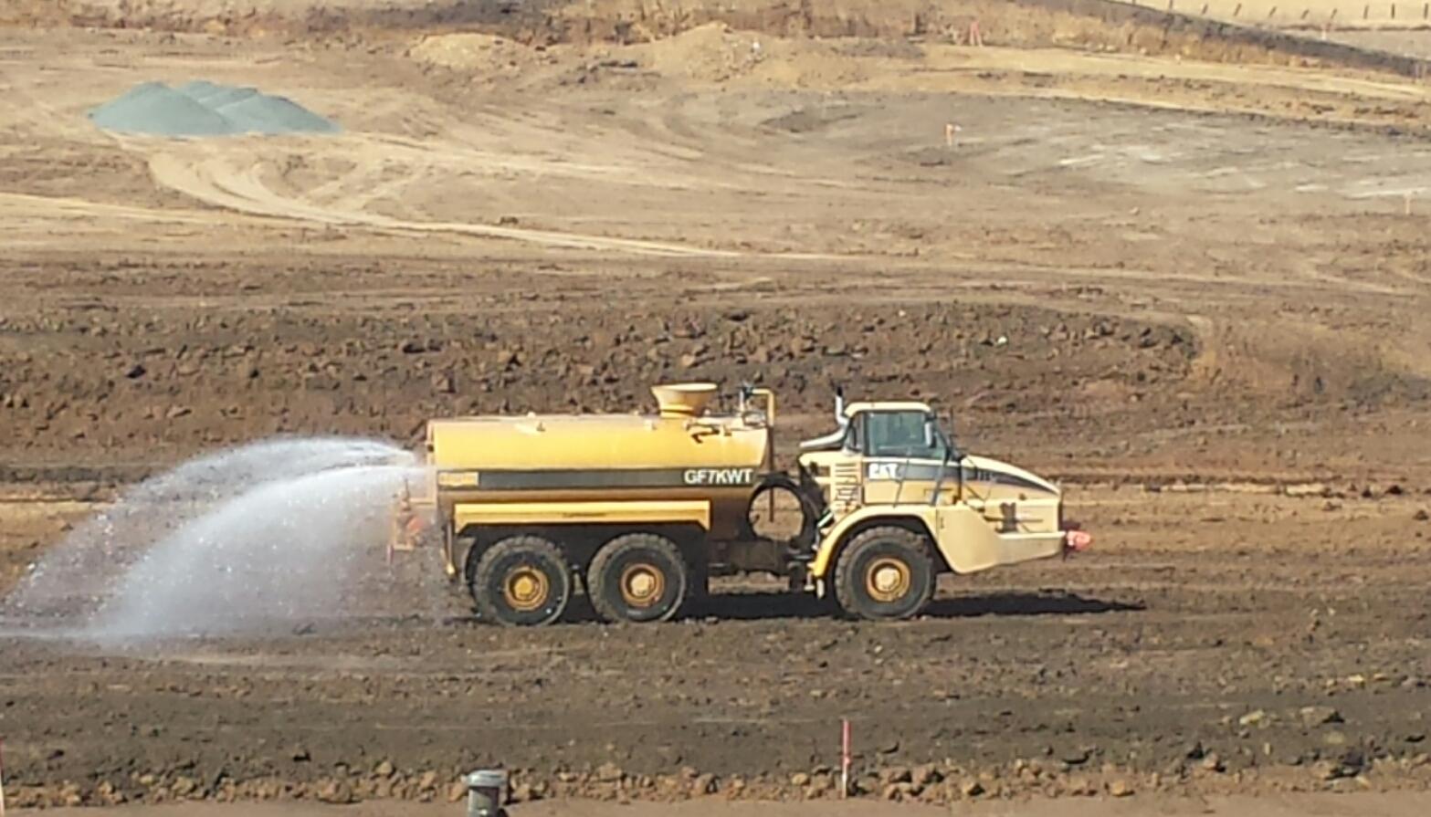 7,000 Gallon Water Truck, 735