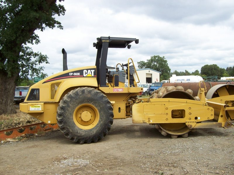 COMPACTOR Padfoot 84″