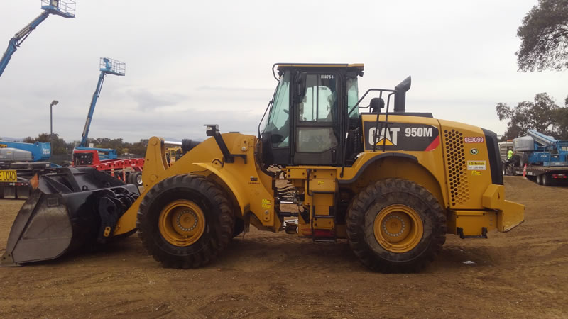 LOADER 950 Caterpillar 4 Yd.