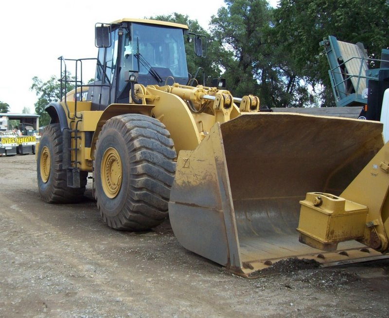 LOADER 980 Caterpillar 7 Yd.