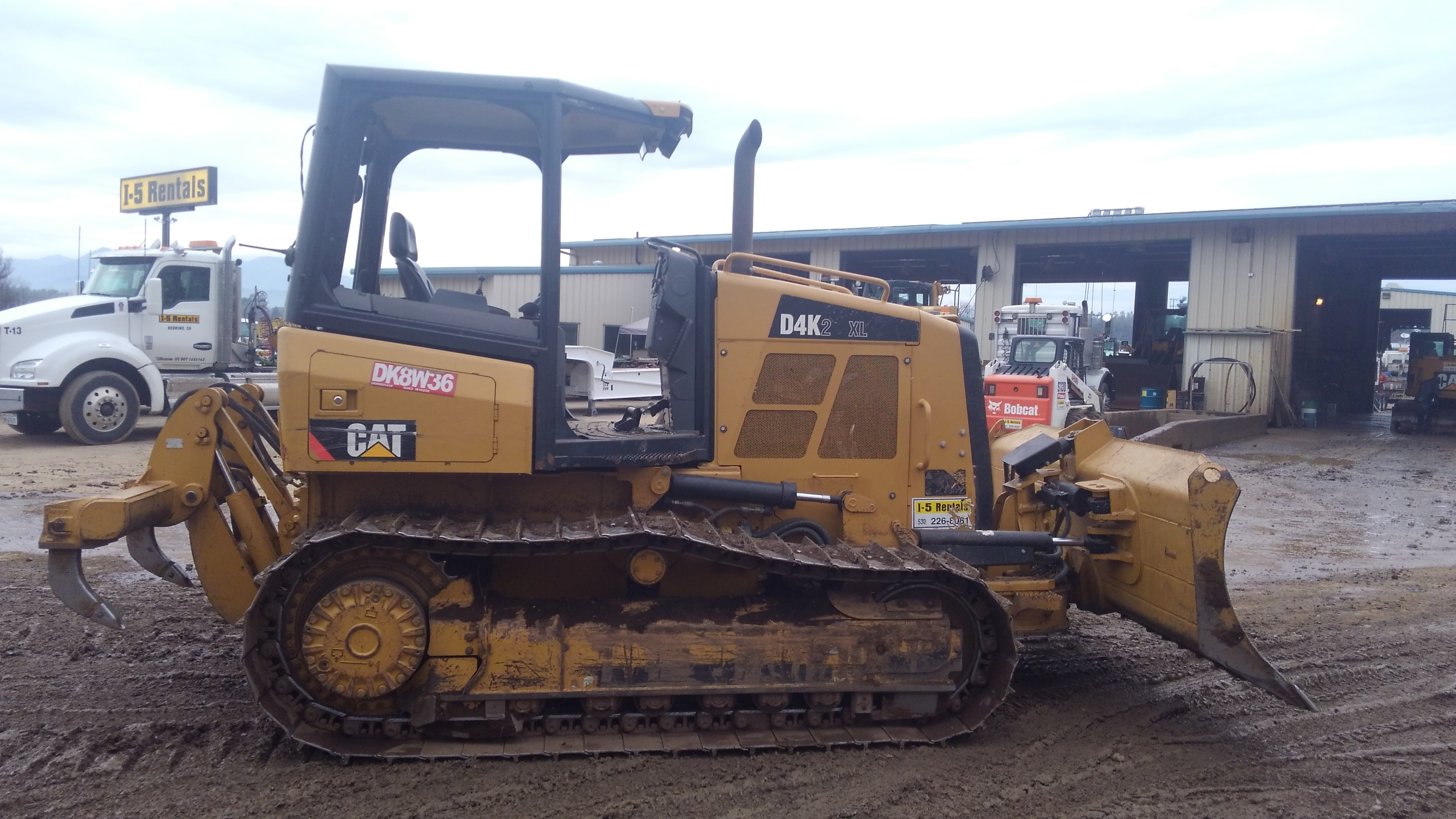 DOZER  D4K Caterpillar