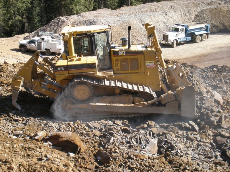 DOZER  D7R Caterpillar